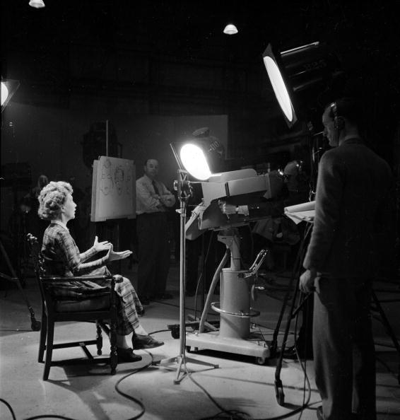 Television Studio「A Short Story」:写真・画像(2)[壁紙.com]