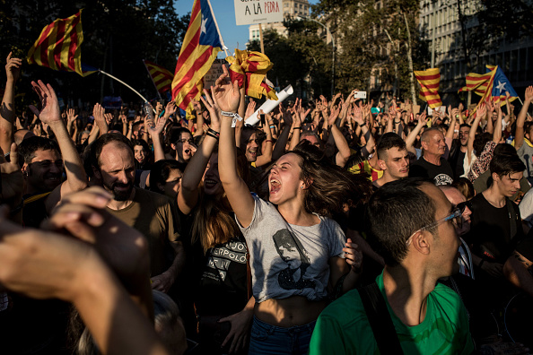 Chris McGrath「Aftermath Of The Catalonian Independence Referendum」:写真・画像(16)[壁紙.com]