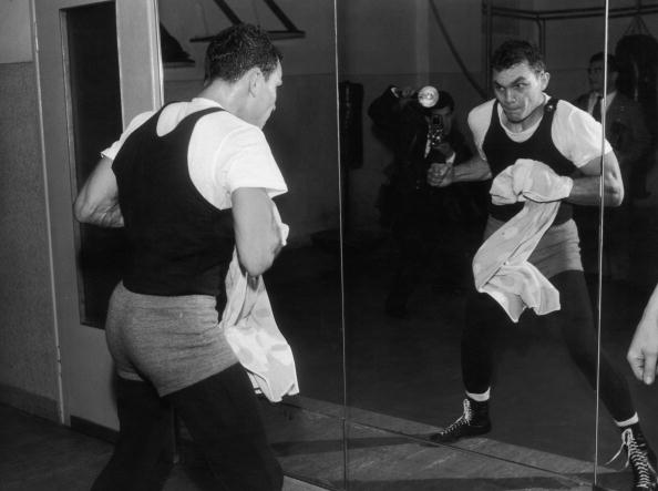 Photography Themes「Mirror Boxing」:写真・画像(12)[壁紙.com]