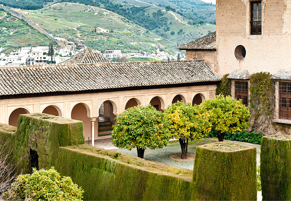 Courtyard「Machuca Courtyard In The Alhambra」:写真・画像(16)[壁紙.com]