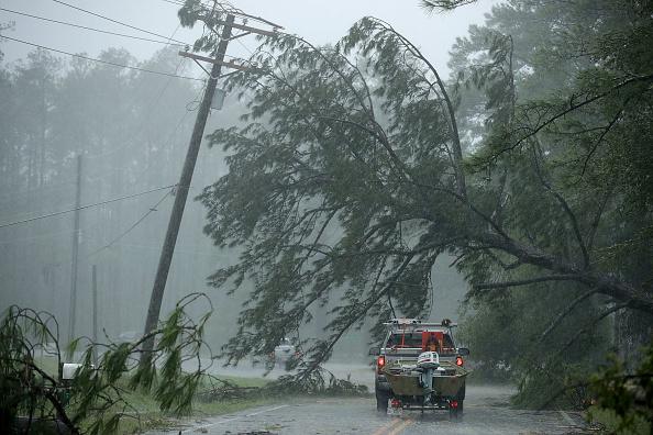 Chip Somodevilla「Hurricane Florence Slams Into Coast Of Carolinas」:写真・画像(18)[壁紙.com]