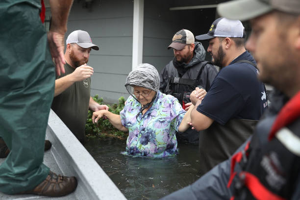 Epic Flooding Inundates Houston After Hurricane Harvey:ニュース(壁紙.com)