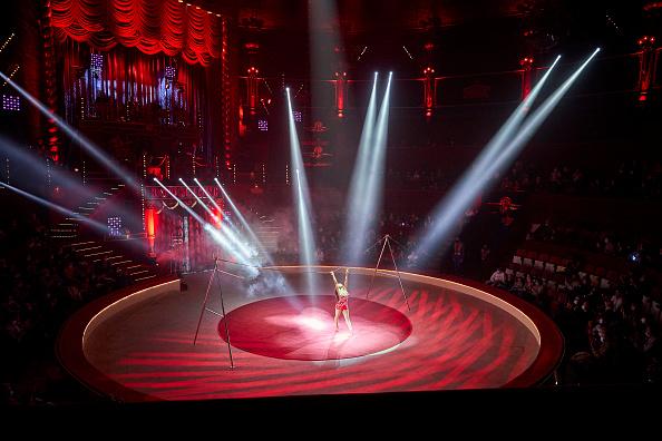 Kiran Ridley「Mustn't The Show Go On? Paris's Historic Cirque d'Hiver Adapts Amid Covid-19 Surge」:写真・画像(5)[壁紙.com]