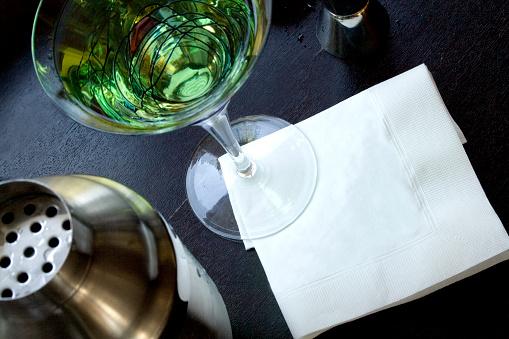 Napkin「Martini with blank napkin」:スマホ壁紙(5)
