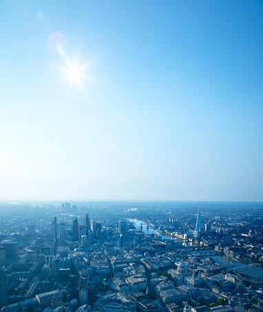 Vertical「London Aerial」:スマホ壁紙(17)