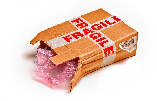 Fragility「Damaged packaging burst open」:スマホ壁紙(12)