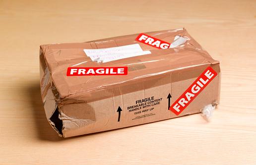 Misfortune「Damaged package」:スマホ壁紙(0)