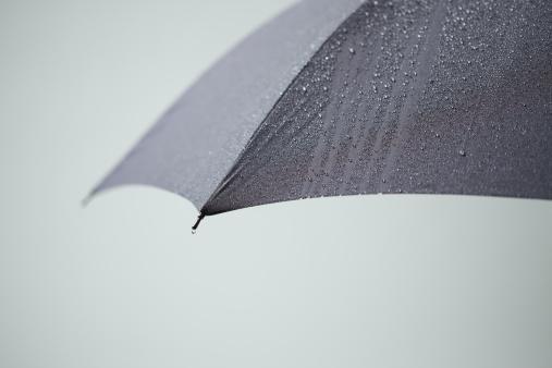 Focus On Background「Rain on the Umbrella」:スマホ壁紙(5)