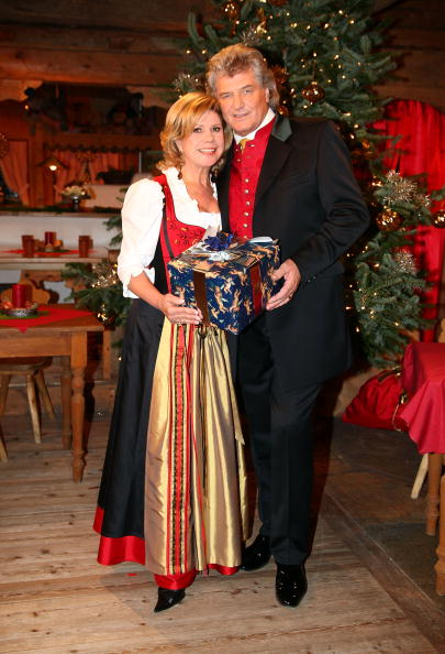 Ellmau「'Christmas With Marianne & Michael' Show Taping」:写真・画像(7)[壁紙.com]