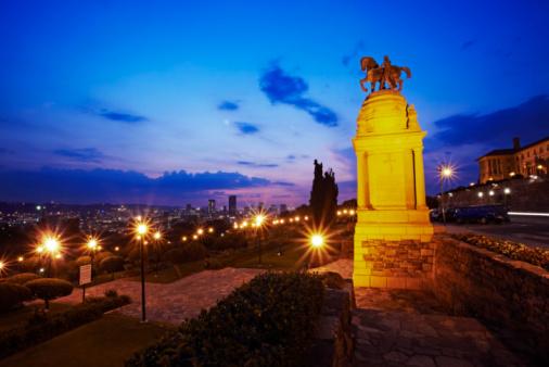 Pretoria「Statue」:スマホ壁紙(10)