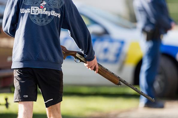 Owner「New Zealanders Surrender Firearms As Gun Buy Back Scheme Begins」:写真・画像(7)[壁紙.com]