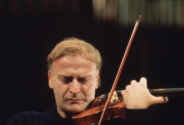 Violin「Yehudi Menuhin」:写真・画像(4)[壁紙.com]