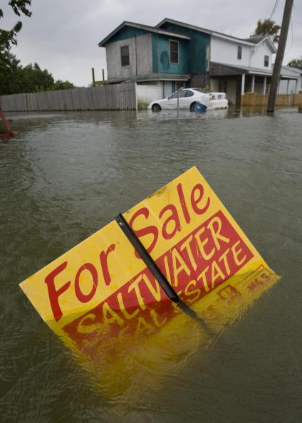 Hurricane Ike「Texas Gulf Coast Prepares For Hurricane Ike」:写真・画像(11)[壁紙.com]
