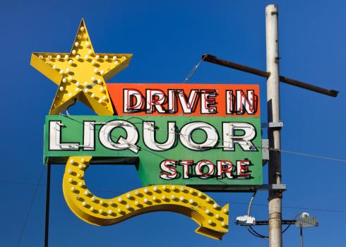 Rectangle「Route 66 Americana Drive in Liquor Store Neon Sign」:スマホ壁紙(4)