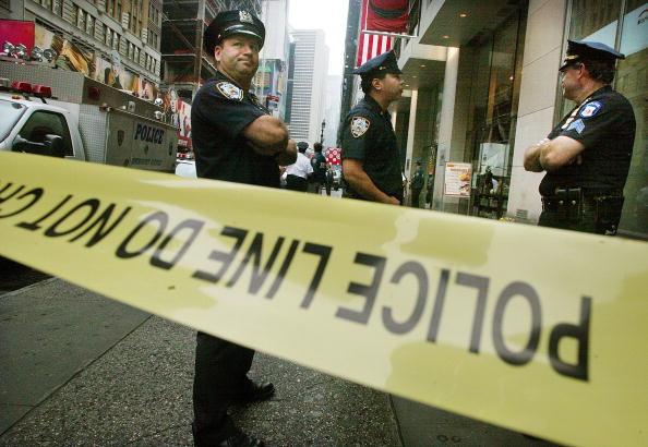 Crime「Triple Shooting Near Times Square」:写真・画像(5)[壁紙.com]