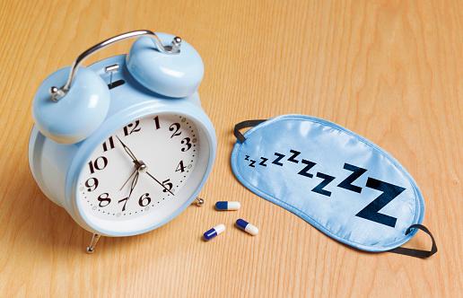 Sleeping Pill「Blue alarm mask and sleeping pills」:スマホ壁紙(4)