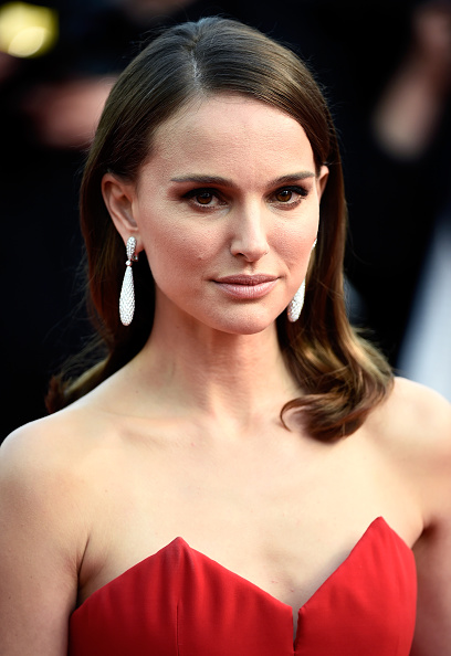 "Natalie Portman「Opening Ceremony & ""La Tete Haute"" Premiere - The 68th Annual Cannes Film Festival」:写真・画像(4)[壁紙.com]"