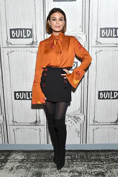 Button Down Shirt「Celebrities Visit Build - March 23, 2018」:写真・画像(4)[壁紙.com]