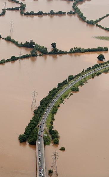 Torrential Rain「Torrential Rain Threatens Further Flooding」:写真・画像(10)[壁紙.com]