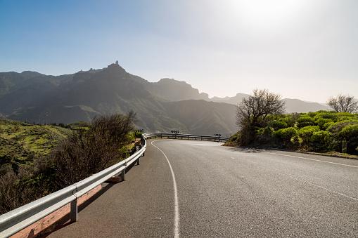 Crash Barrier「Road near Tejeda with Roque Nublo」:スマホ壁紙(18)