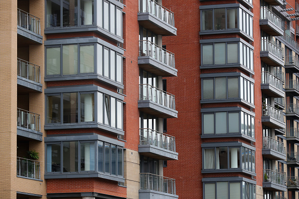 高層ビル「Home Ownership Falls To Its Lowest Level In 30 Years」:写真・画像(0)[壁紙.com]