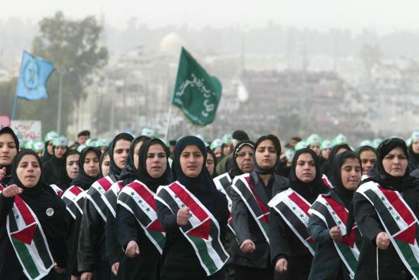 Sash「Thousands March In Iraq In Defiance Of U.S. Threats」:写真・画像(11)[壁紙.com]