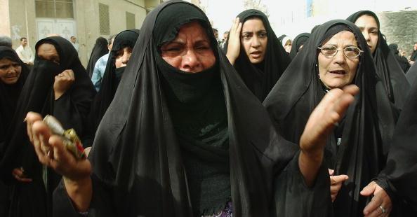 Burka「Funeral of Shiite Cleric Kamaleddin al-Ghuraifi in Bahgdad」:写真・画像(14)[壁紙.com]