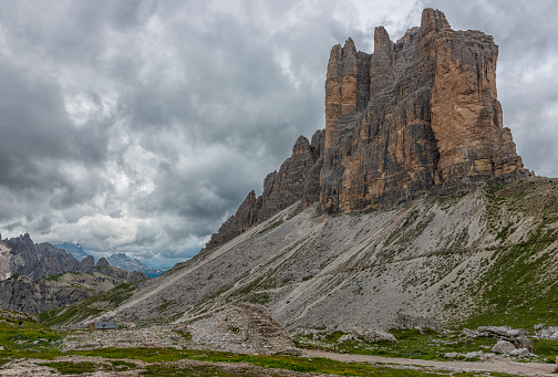Remote Location「Italy, Alto Adige, Dolomites, view to south face of Tre Cime di Lavaredo」:スマホ壁紙(9)