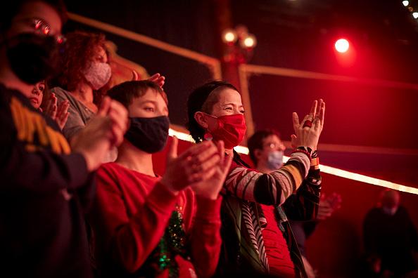 Kiran Ridley「Mustn't The Show Go On? Paris's Historic Cirque d'Hiver Adapts Amid Covid-19 Surge」:写真・画像(3)[壁紙.com]