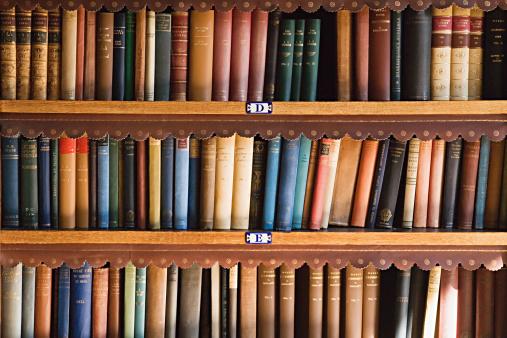 Old「Bookcase」:スマホ壁紙(18)