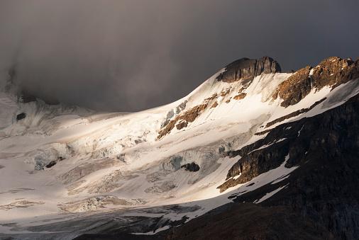 アサバスカ山「Mount Athabasca」:スマホ壁紙(8)