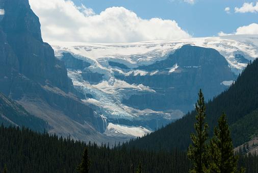 アサバスカ山「Mount Athabasca」:スマホ壁紙(15)