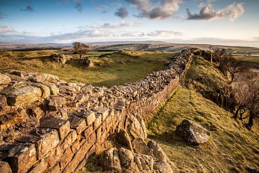 Roman「Hadrian's Wall, Cumbria, UK.」:スマホ壁紙(2)