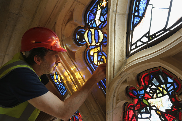 York - Yorkshire「Stained Glass Window Returned To York Minster After Extensive Restoration Work」:写真・画像(13)[壁紙.com]