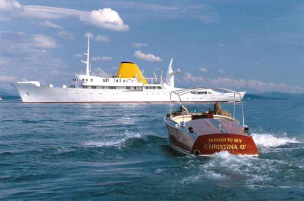 船・ヨット「The Newly Restored Christina O Former Private Yacht Of Aristotle Onassis」:写真・画像(4)[壁紙.com]
