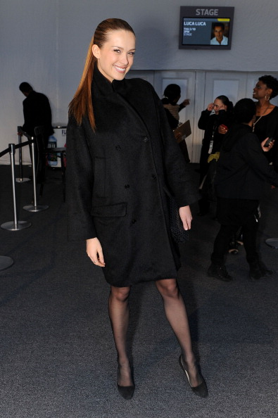 Katy Winn「Seen Around Lincoln Center Day 1 - Fall 2011 Mercedes-Benz Fashion Week」:写真・画像(9)[壁紙.com]