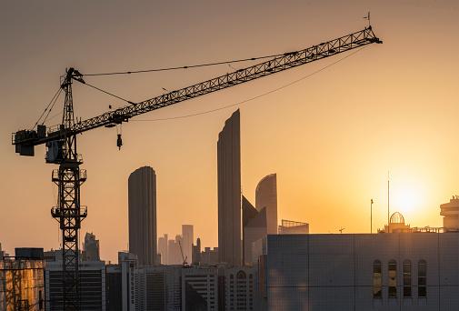 Crane - Construction Machinery「Urban development in Abu Dhabi」:スマホ壁紙(18)