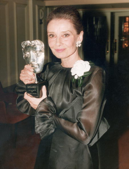 Award「Audrey Hepburn」:写真・画像(9)[壁紙.com]