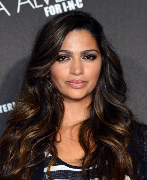 Eyeshadow「Camila Alves McConaughey Hosts Fashion Show And Shopping Event」:写真・画像(9)[壁紙.com]