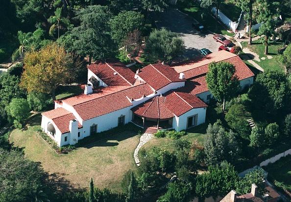 Santa Monica Mountains「Jenna Elfman Buys Madonna's Home」:写真・画像(11)[壁紙.com]