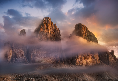 Dolomites「Three Peaks of Lavaredo, Dolomite Mountains, Italy」:スマホ壁紙(6)