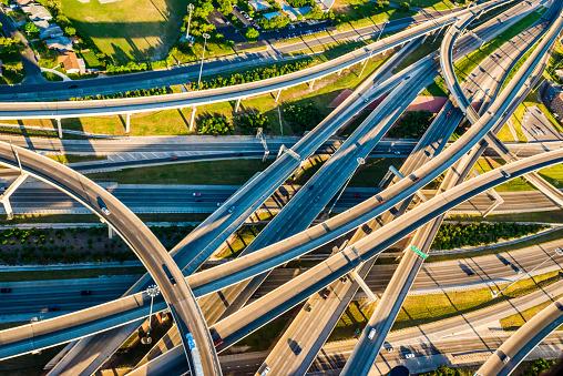 Elevated Road「Interstate Highway Interchange I10 I410 convoluted mixmaster San Antonio aerial」:スマホ壁紙(2)