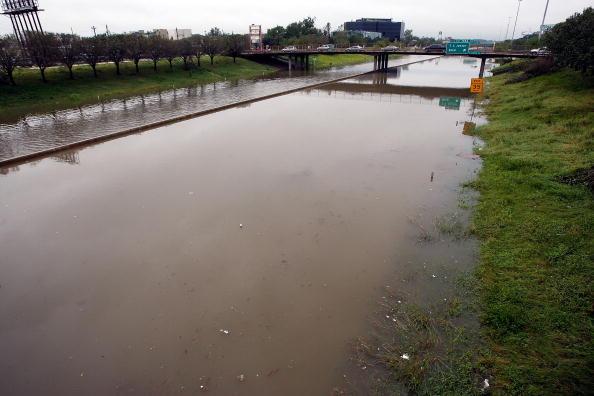 Hurricane Ike「Coastal Texas Faces Heavy Damage After Hurricane Ike」:写真・画像(11)[壁紙.com]