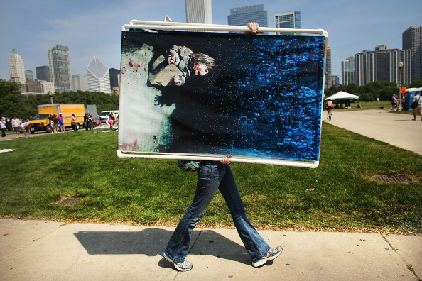 Chris Hondros「Demonstrators Protest The NATO Summit In Chicago」:写真・画像(6)[壁紙.com]