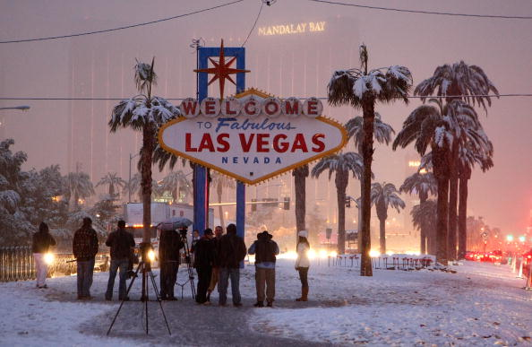 Las Vegas「Winter Storm Dumps Snow On Las Vegas」:写真・画像(14)[壁紙.com]