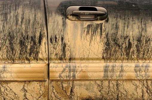 British Columbia「Mud on Sport Utility Vehicle」:スマホ壁紙(15)