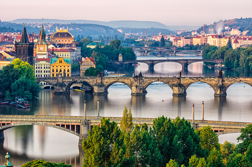 Bohemia「Scenic spring sunrise aerial view of the Old Town pier architecture and Charles Bridge over Vltava river in Prague, Czech Republic」:スマホ壁紙(14)
