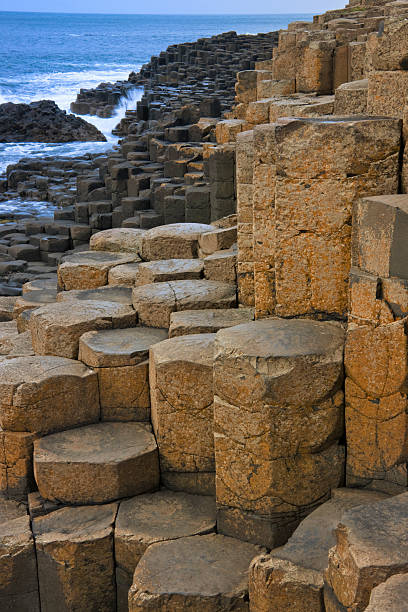 Basalt Rock Formation, Giant's Causeway:スマホ壁紙(壁紙.com)