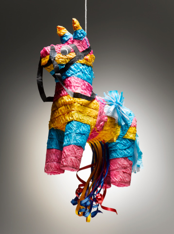 Ass「Donkey pinata on string」:スマホ壁紙(9)