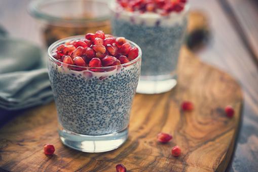 Chia Seed「Chia Seed Pudding With Fresh Pomegranates」:スマホ壁紙(6)